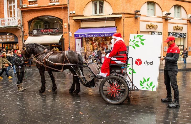У Тулузі Санта Клаус розводив посилки DPD