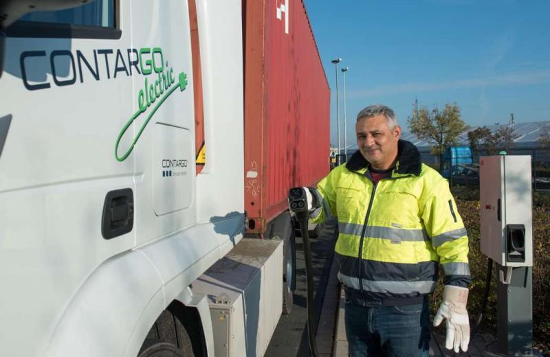 У Німеччині випробовують станції для швидкого заряджання електровантажівок
