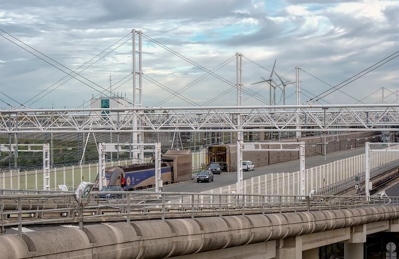Компанія Eurostar просить про допомогу британський уряд