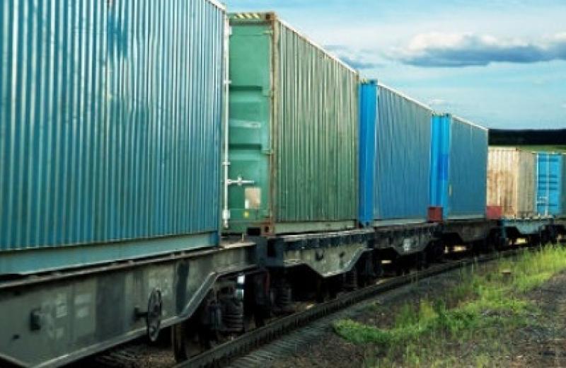 Регулярный контейнерный поезд связал Украину и Польшу