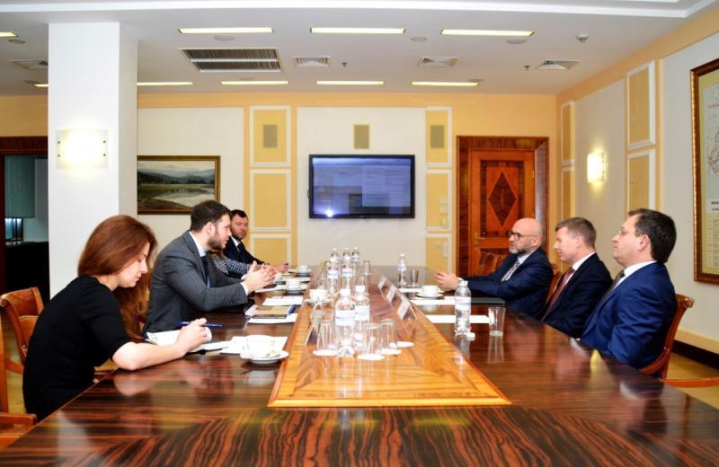 Міністерство інфраструктури України запрошує до співпраці лідерів зі стратегічного управління