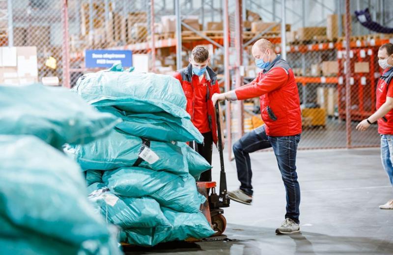 «Нова пошта Глобал» оголосила про нові тарифи для доставки з-за кордону