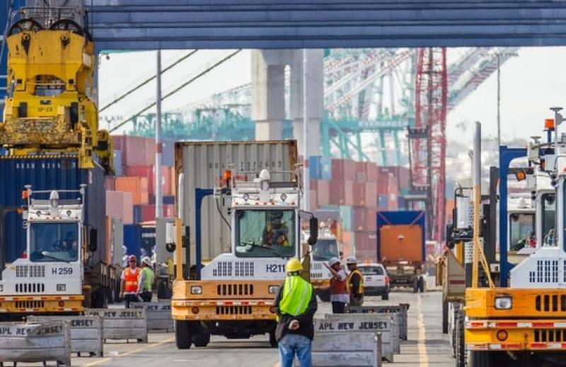 Порт Лос-Анджелеса пропонує створити загальноамериканську систему обміну даними