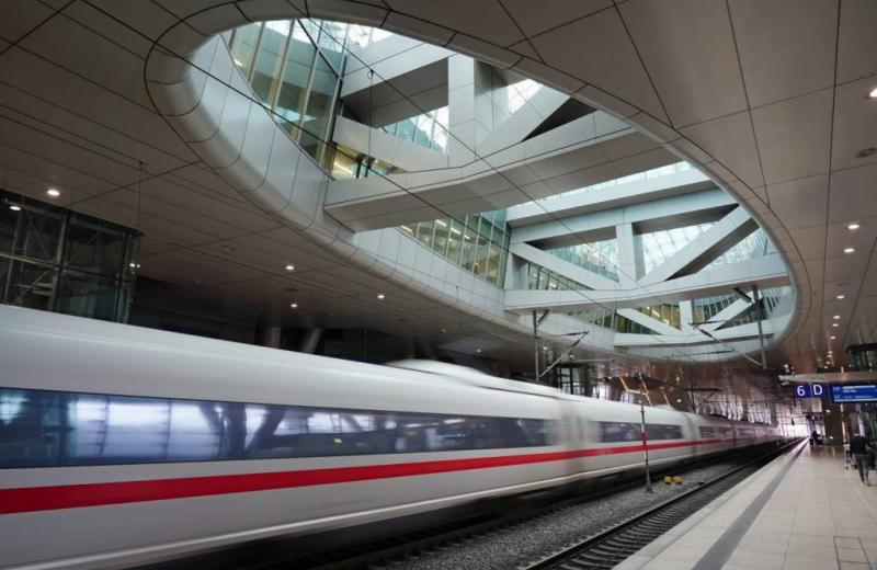 Як конкуренти стають партнерами: у Німеччині залізниця та авіація об'єднують зусилля