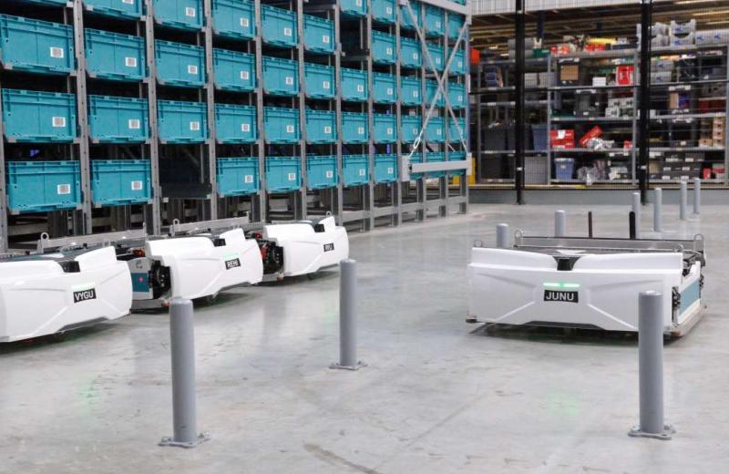 Мінус персонал: французький розробник постачає до Німеччини роботів для обслуговування складів