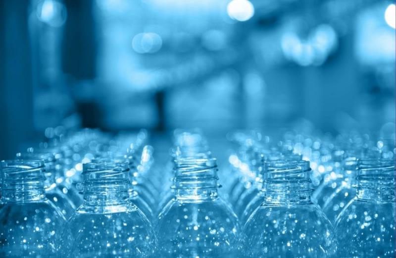 У Польщі розкритикували новий регламент ЄС про оподаткування непереробленої пластикової тари