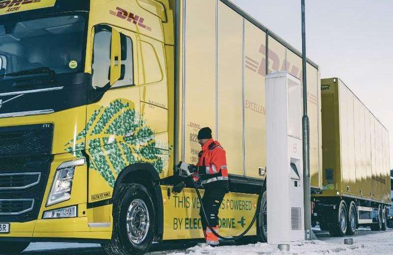 DHL у березні починає випробування повністю електричної вантажівки Volvo FH з масою автопоїзда до 60 тон