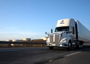 Amazon замовляє одну тисячу систем для автономного керування важкими вантажівками
