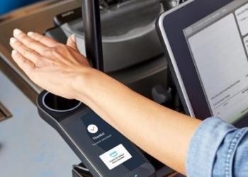 Amazon розгортає у своїх магазинах біометричну систему платежів