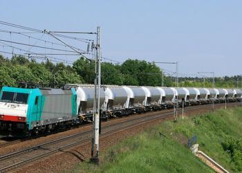 Швейцарська та польська компанії пропонують власні рішення для перевезення небезпечних вантажів