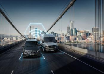 Mercedes пропонує на 100% цифрові вантажівки