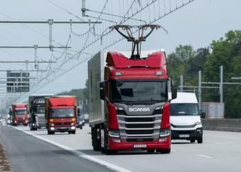 Германия открыла первую электромагистраль для гибридных грузовиков