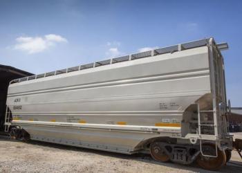 Американцы представили вагон, который автоматически разгружается за полминуты