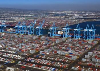Влада штату Каліфорнія втрутилася у вирішення проблем з контейнерами