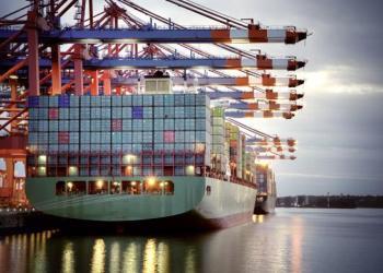 Глобальный контейнерный флот побил исторический рекорд вместимости