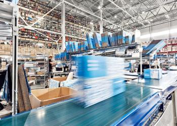 Три главных процесса любого склада: приемка товара, его хранение и отгрузка.