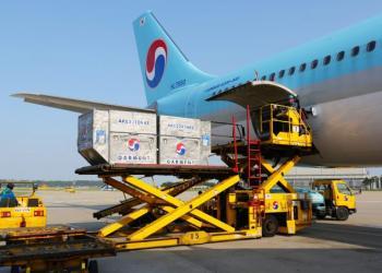 Під час карантину лоукостери переробляють пасажирські літаки на вантажні