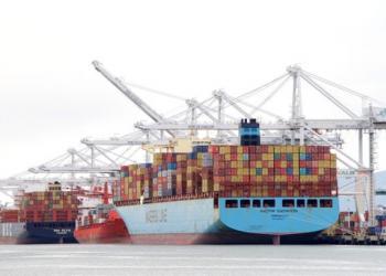 Maersk може обмежити висоту складання контейнерів на палубах суден