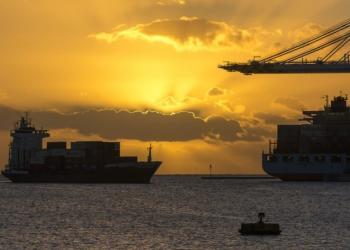 Глобальні контейнерні перевезення: лише 44,6% суден прибувають вчасно