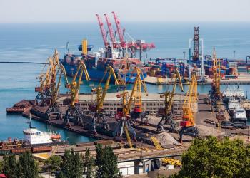Морські порти України скоротили кількість оброблених суден на 5,7%