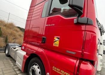 Франція вимагає обов'язкових наклейок на вантажівках та автобусах про «мертві зони»