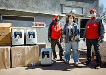 Нова пошта виділила 10 млн гривень на боротьбу з COVID-19 та йде з допомогою у сільські лікарні
