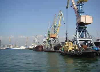 З початку року морські порти України скоротили вантажообіг на 18,4%