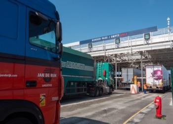 Оператор тунелю під Ла-Маншем запускає нову послугу з перевезення причепів без водіїв та вантажівок