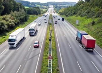 Уряд хоче, щоб іноземці платили за проїзд українськими дорогами