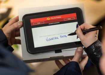 Польська пошта запроваджує послугу «мобільного банкіра»