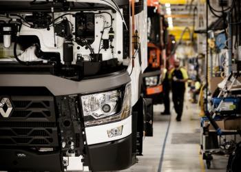 Renault Trucks дає можливість усім бажаючим спостерігати онлайн за створенням вантажівок на заводі RENAULT у Бург-ан-Бресс