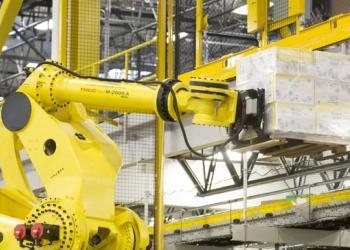 У Північній Америці зростає продаж промислових роботів