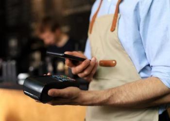 У світі зафіксоване безпрецедентне зростання обсягів електронної комерції та безконтактних платежів
