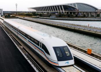У Німеччині збираються збільшити швидкість та довжину швидкісних потягів