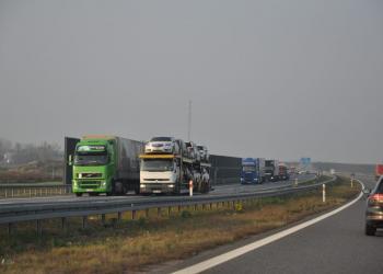 У Німеччині уповільнюється робота транспортної галузі