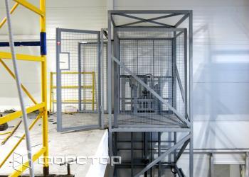 Форстор: Стоечные подъемники – сильная альтернатива грузовым лифтам