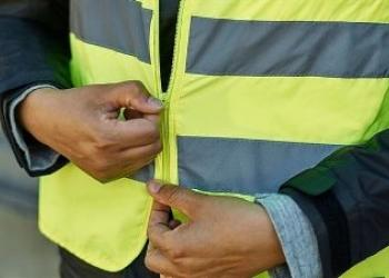 В Україні світловідбиваючі елементи на одязі стануть обов'язковими для всіх учасників дорожнього руху