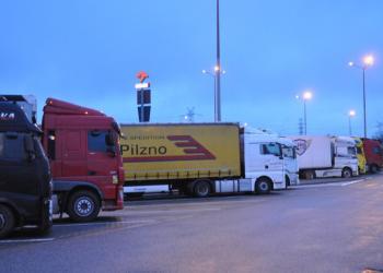 У Євросоюзі гостра нестача стоянок для великих вантажівок