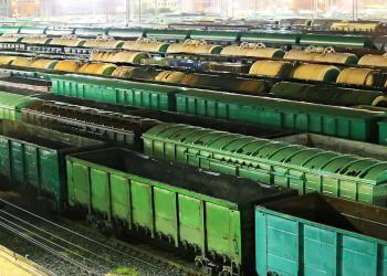 «Укрзалізниця» підняла вартість оренди напіввагонів
