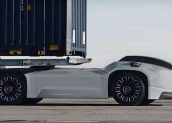 На шведские дороги выехал беспилотный грузовик Volvo Vera