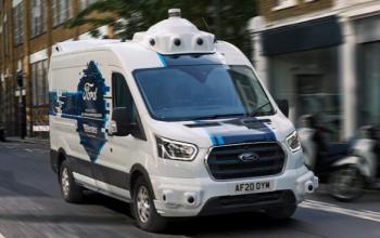 Hermes і Ford хочуть налагодити доставку на автономних авто у Великій Британії