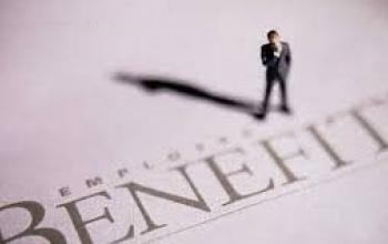 Кінцевий бенефіціарний власник – це будь-яка фізична особа, яка здійснює вирішальний вплив (контроль) на діяльність юридичної особи (в тому числі через ланцюг контролю/володіння)