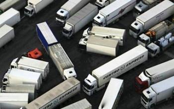 Європарламент ухвалив положення про надзвичайні правила дорожнього руху