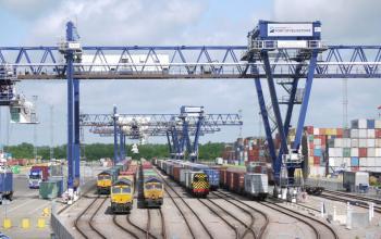 Велика Британія частково націоналізує залізницю