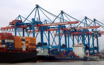 Порт Гамбурга запроваджує машинне навчання