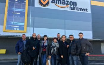 Компания «Хаски» провела тур на склад AMAZON