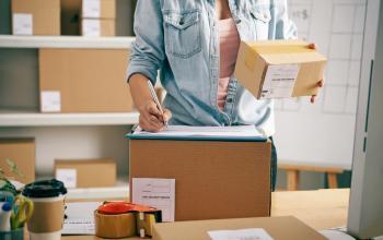 Польські вчені створюють революційну упаковку для електронних покупок
