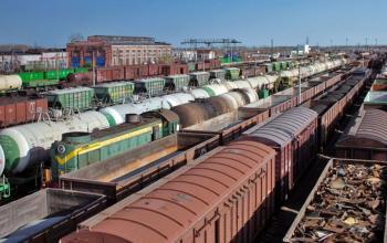 Почему «Укрзализныця» отложила введение новых правил грузоперевозок