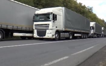 Рух вантажівок поступово відновлюється: Польща попереду, Велика Британія - позаду