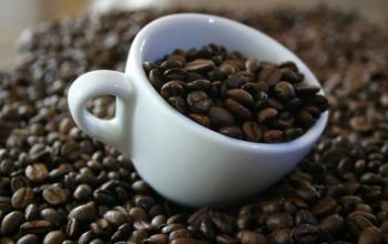 Імпортери кави створюють додаткові запаси